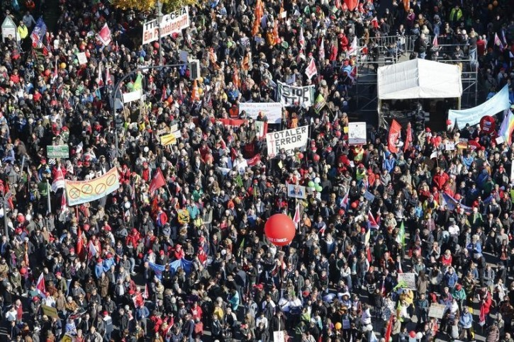 Hundreds of Thousands Protest Globally Over Weekend For Various Causes – Media Coverage Absent
