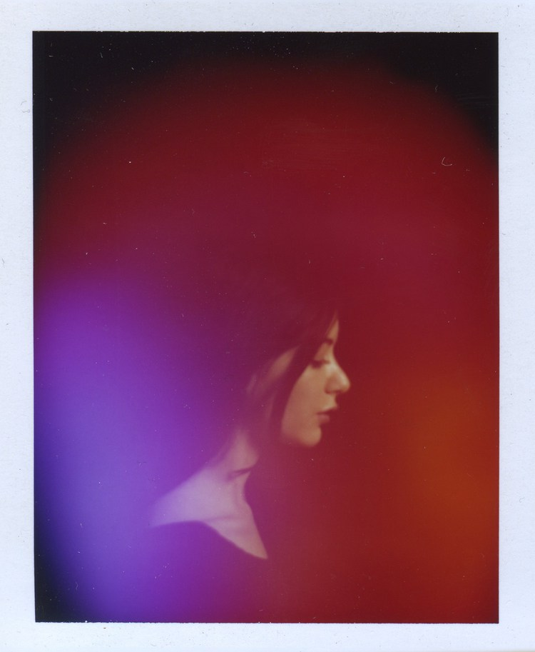 'Radiant Human' Makes the Metaphysical Tangible by Capturing Your Aura on a Photographv