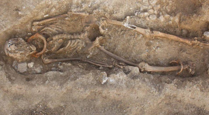 The Hidden Origins Of Human History: These Giant Skeletons Challenge Human History