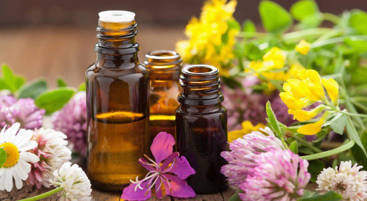 Nine Essential Oils That Fight Cancer, Boost Immunity & Improve Feelings Of Well-Being