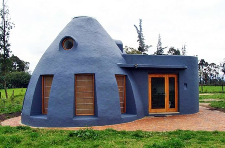 10 Unique Earth Dwellings Almost Anyone Can Afford