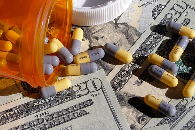 """Are You A Truth Seeker? Read """"Incurable Me"""" To See How Big Pharma Is Controlling Our Health"""