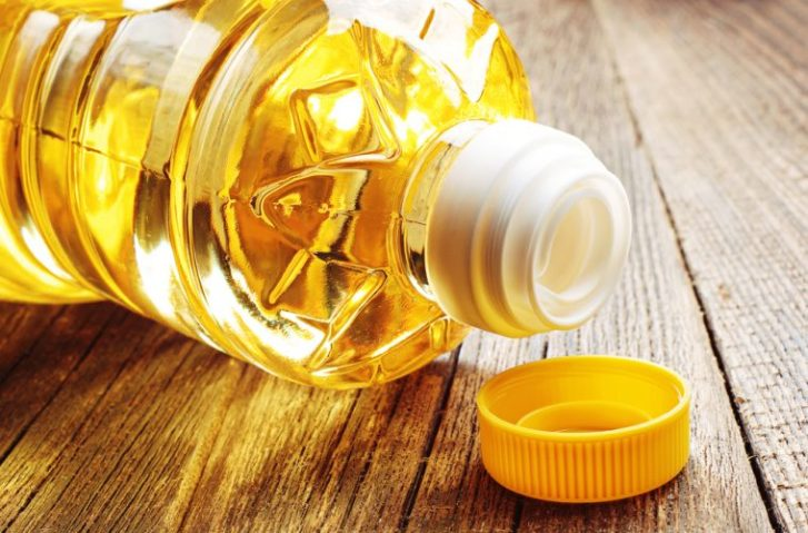 5 Vegetable Oils That Are Harming Your Body & What You Can Use Instead