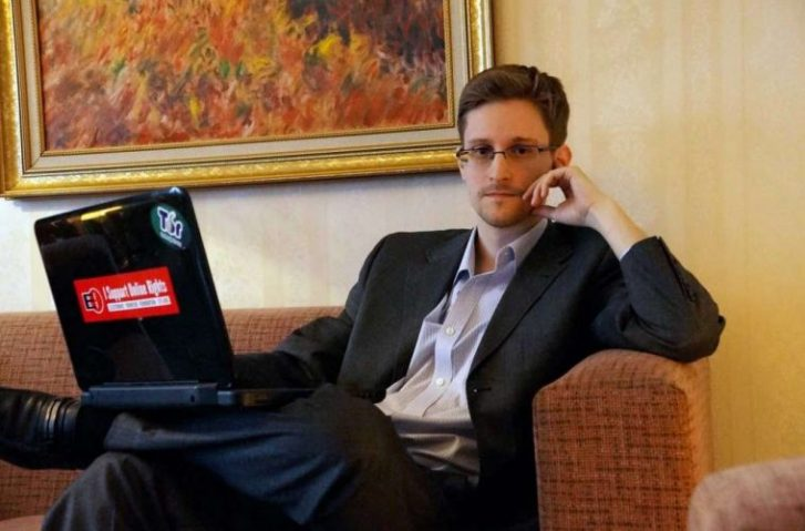 """Edward Snowden: """"KNOWLEDGE Has To Originate From Somewhere, And That Can't Be A Classroom."""""""