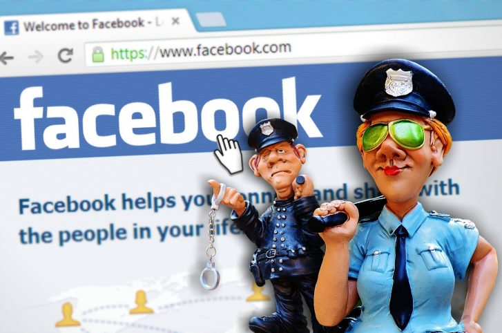 Feds Demand Facebook Hand Over Info on Anti-Trump Users