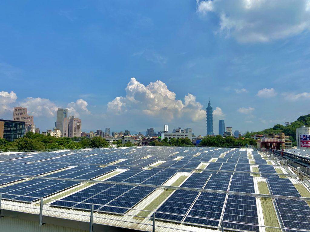 長興淨水廠太陽能板