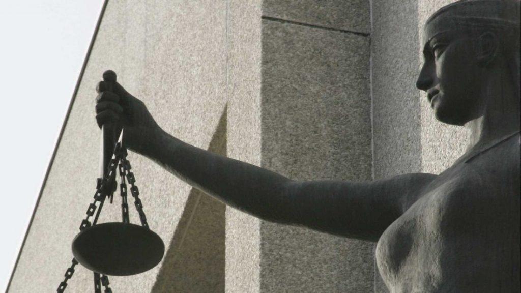 """CRIMEFingiu ser advogada e lesou """"cliente"""" em seis mil euros"""