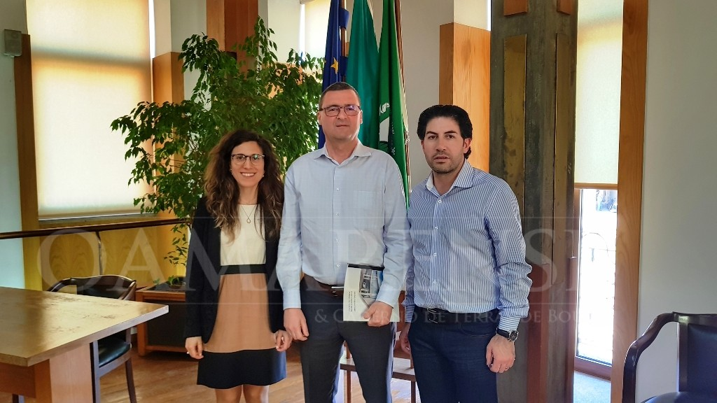 TERRAS DE BOUROCâmara assinou protocolos de cooperação com Bombeiros e delegações concelhias da Cruz Vermelha