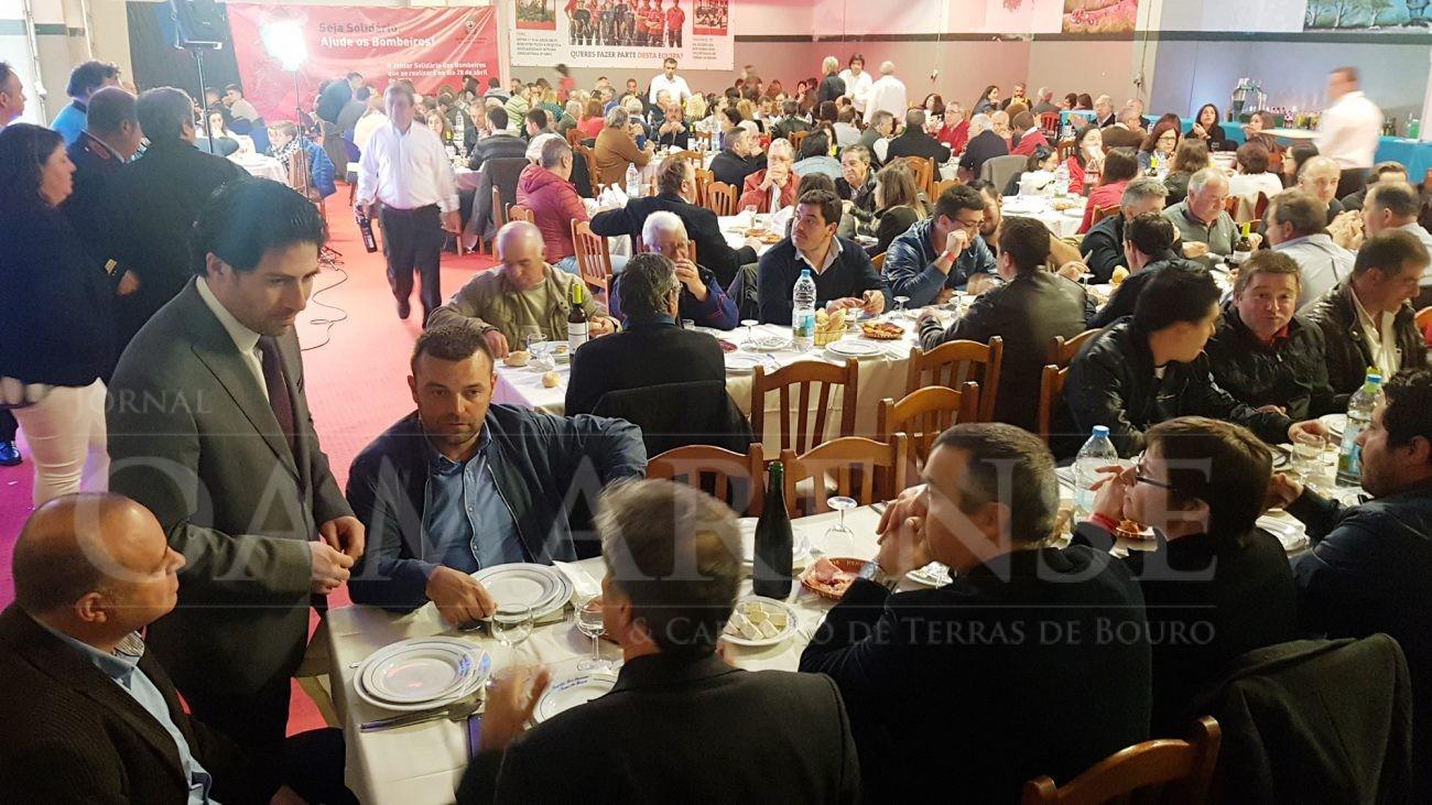 TERRAS DE BOUROMais de 200 pessoas reunidas no Jantar Solidário dos Bombeiros