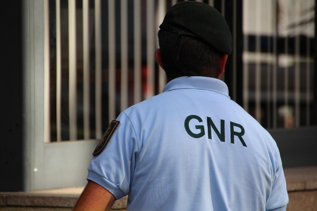 GNR166 pessoas detidas em flagrante delito durante o fim-de-semana