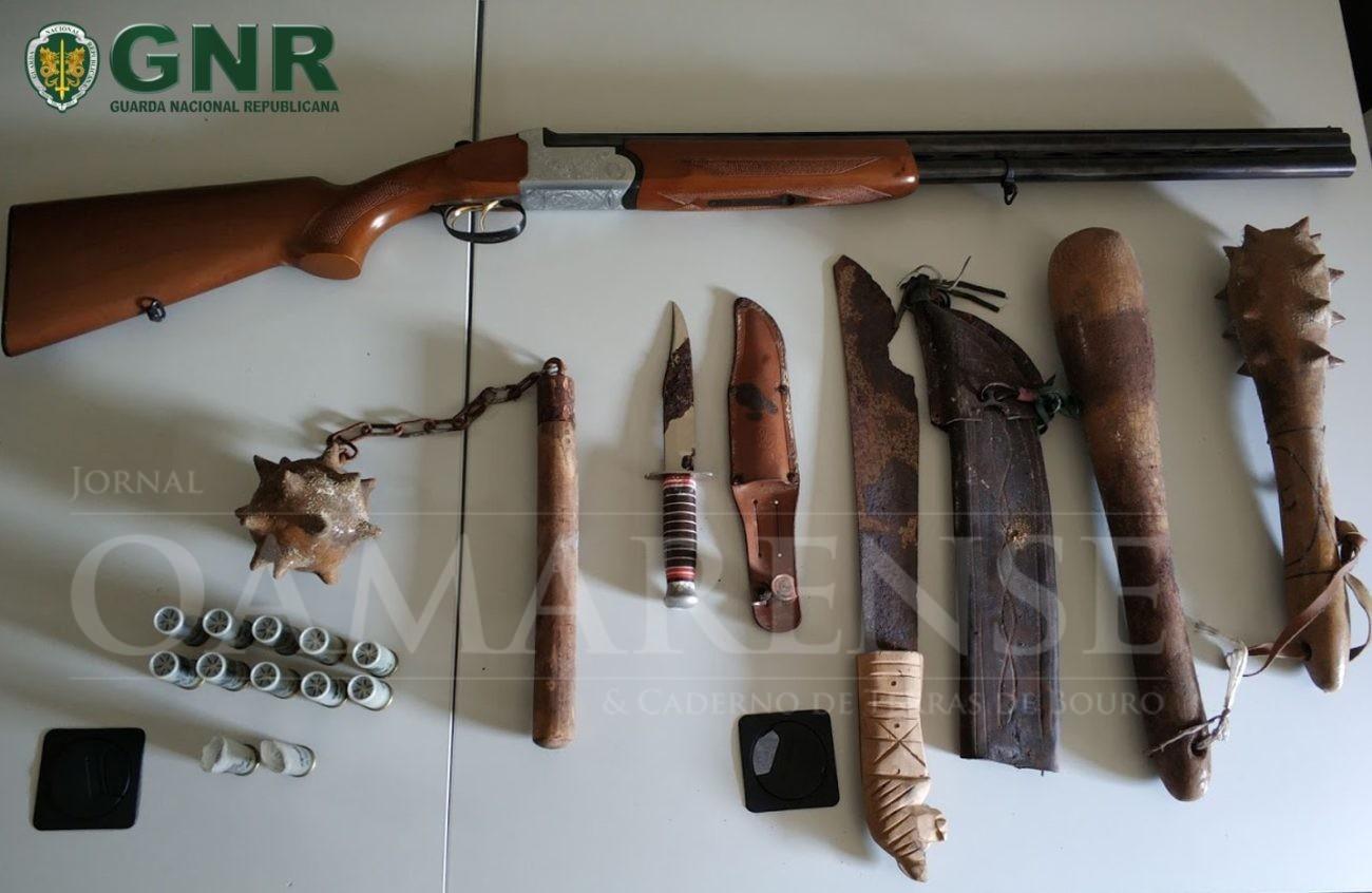 Detido por ameaças e uso indevido de arma de fogo, por posse ilegal de arma e de armas proibidasGNR da Póvoa de Lanhoso deteve homem que disparou para o ar para ameaçar