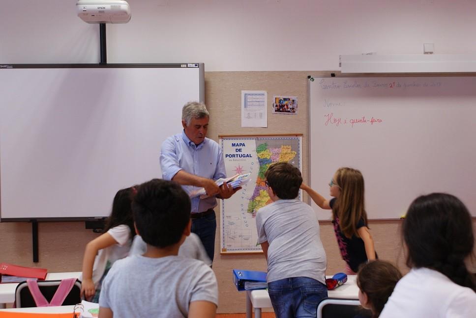 EDUCAÇÃO –  Câmara de Amares investe 25 mil euros em cadernos de actividades do 1º ciclo