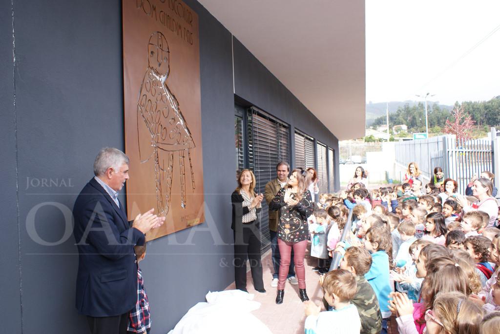 AMARES –  Centro Escolar inaugura painel evocativo de D. Gualdim Pais