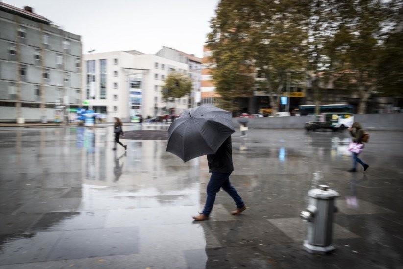 PAÍS –  Chuva regressa na quarta-feira