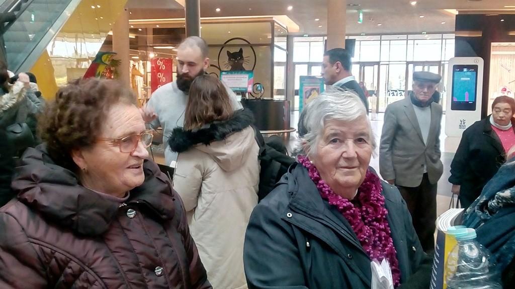 TERRAS DE BOURO –  Seniores do projecto Bem Envelhecer foram ao cinema