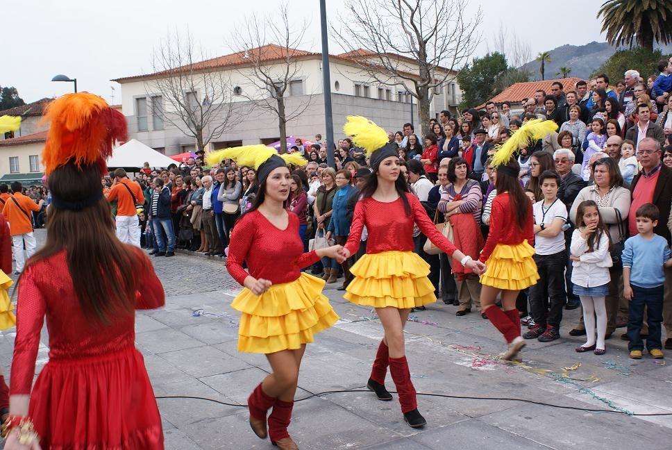 ÚLTIMA HORA –  Carnaval de Amares adiado devido ao mau tempo