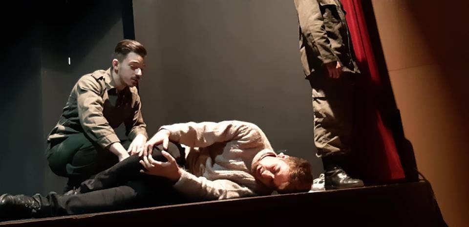 AMARES – CDRC Amarense evocou 25 de Abril com teatro