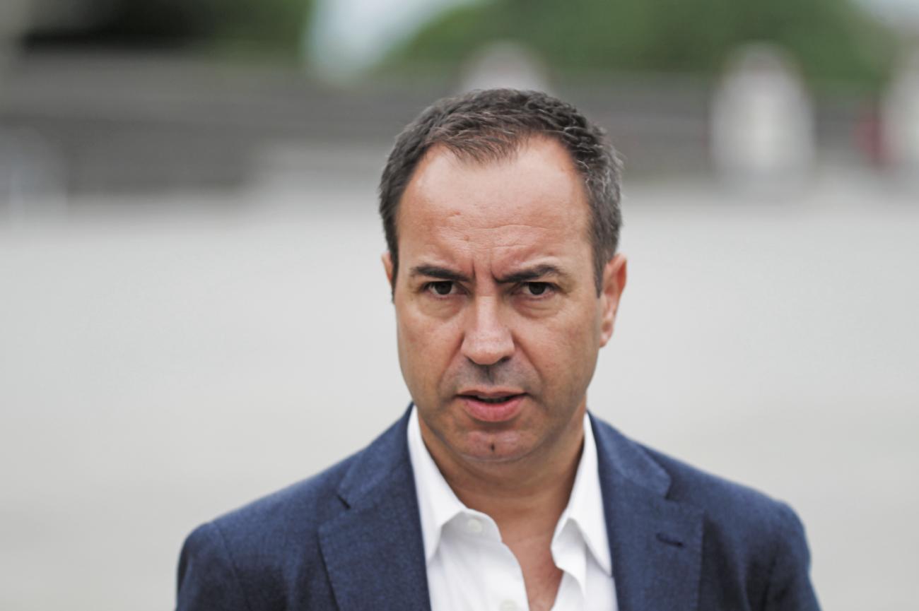 JUSTIÇA - Tribunal obriga António Salvador a pagar 261 mil a Domingos Correia