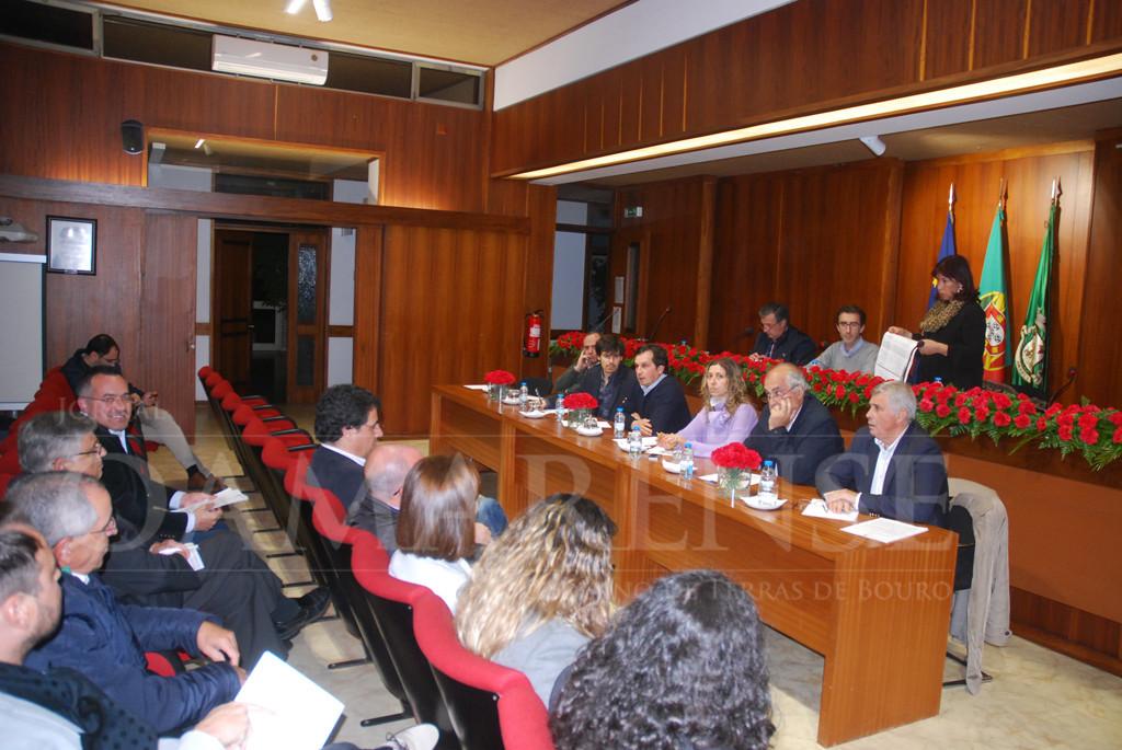 AMARES – Relatório e Contas aprovado com cinco votos contra e três abstenções