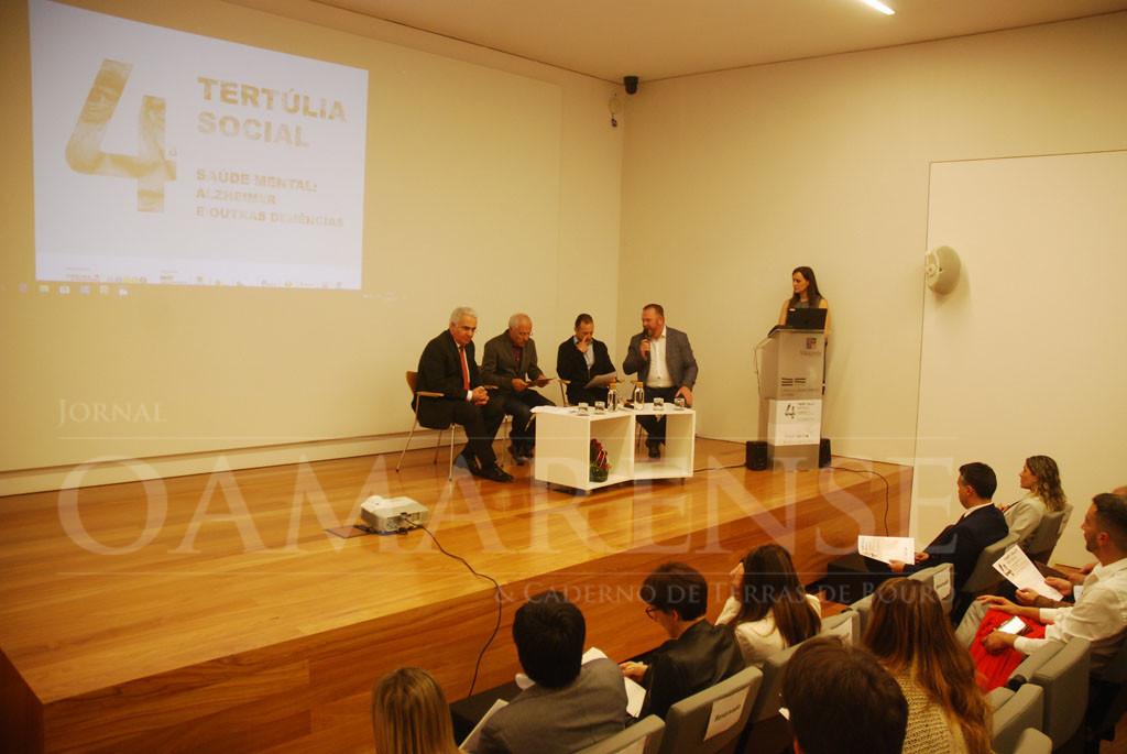 SAÚDE –  Tertúlia reflecte sobre desafios e acompanhamento das doenças mentais