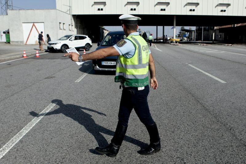 ACTIVIDADE OPERACIONAL - 34 pessoas detidas em flagrante delito durante a passada semana