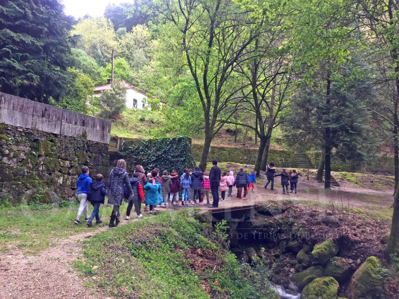 """AMARES - Projecto """" Dias Viver a Água"""" levou 30 crianças à """"Montanha"""" da Abadia"""
