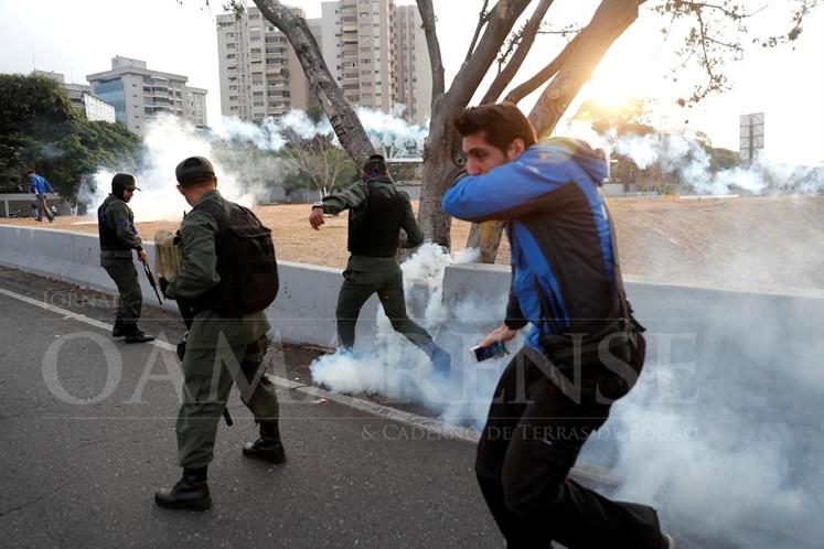 PAÍS - Portugueses na Venezuela devem ficar em casa; Governo já activou mecanismos de apoio