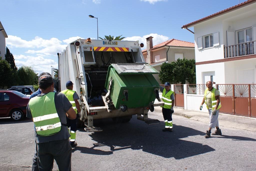 AMARES – Na segunda-feira de Páscoa não há recolha de lixo