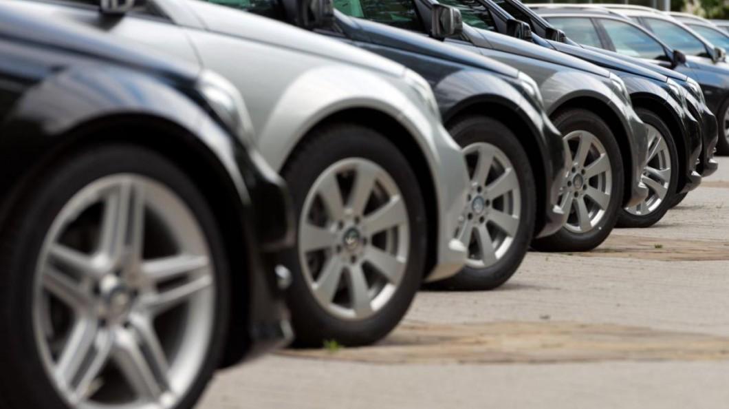 PAÍS – Imposto de circulação dos carros importados baixa em 2020