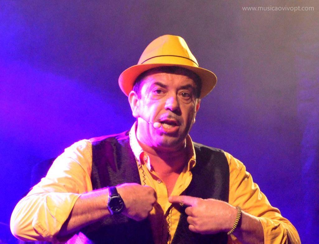 AMARES – Augusto Canário anima noite na Feira Franca de Amares