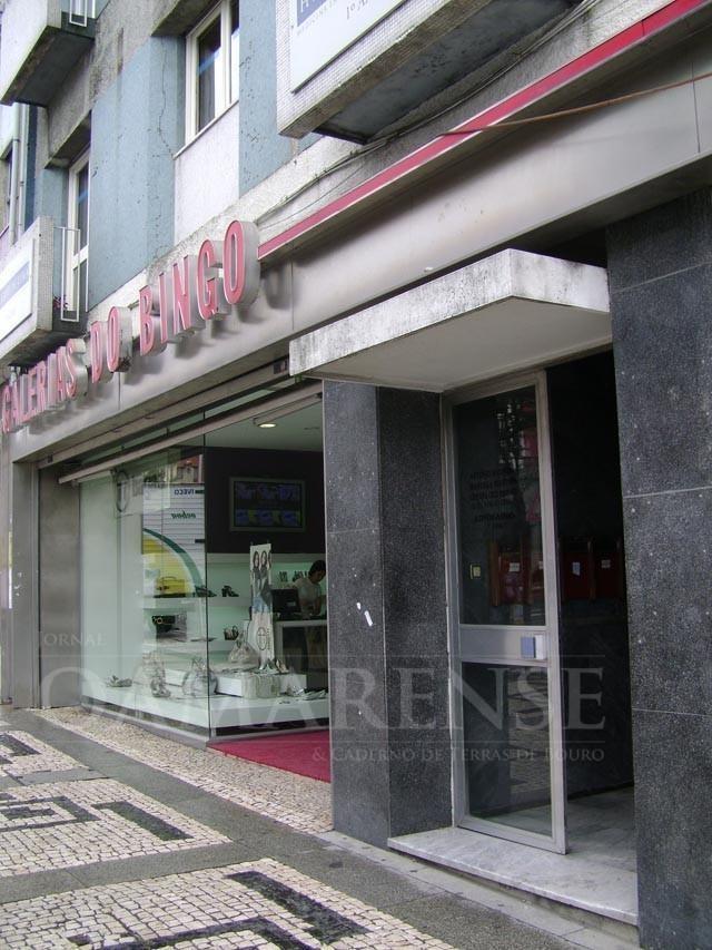JUSTIÇA - SCBraga volta a ser condenado a pagar 800 mil a ex-director do Bingo
