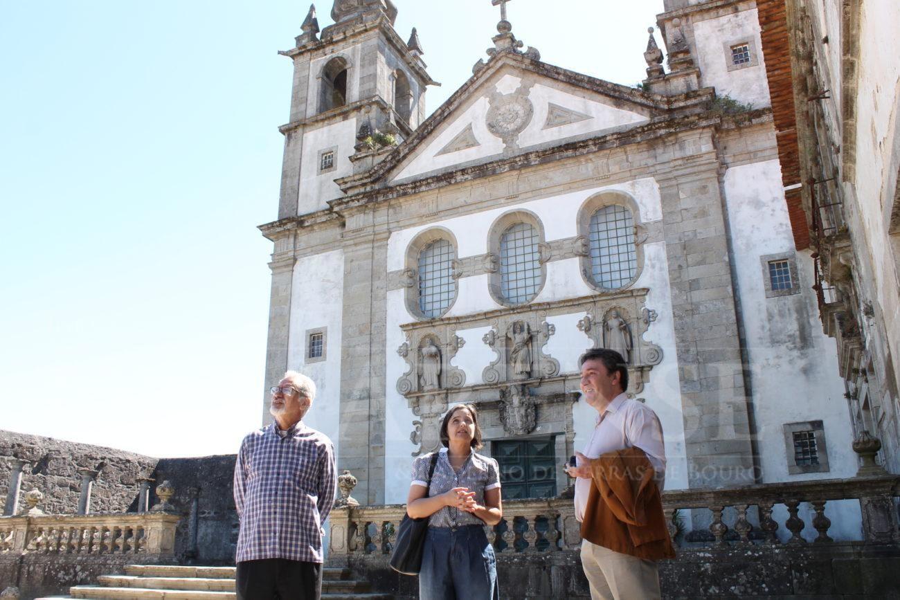 AMARES – PCP reforça necessidade de intervenção «imediata» no Mosteiro de Rendufe