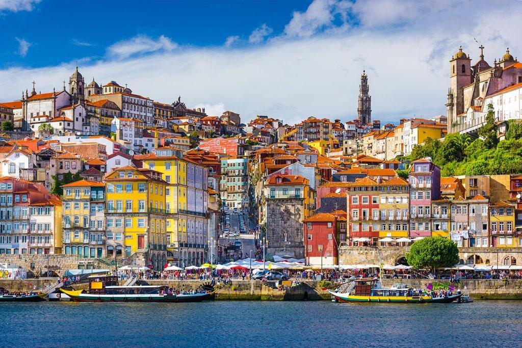 REGIÃO – Porto e Norte é a região com maior crescimento de dormidas