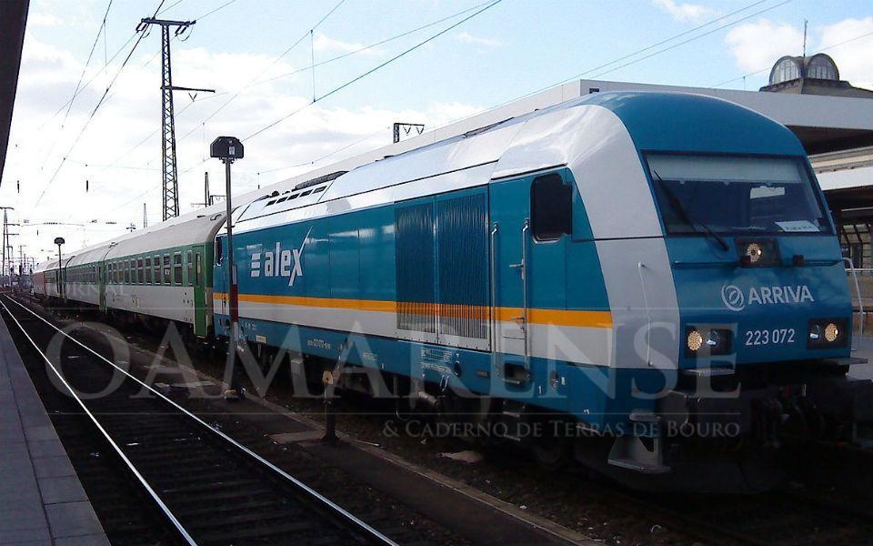 NACIONAL - Exploração de comboio Corunha-Porto pela Arriva satisfaz Eixo Atlântico