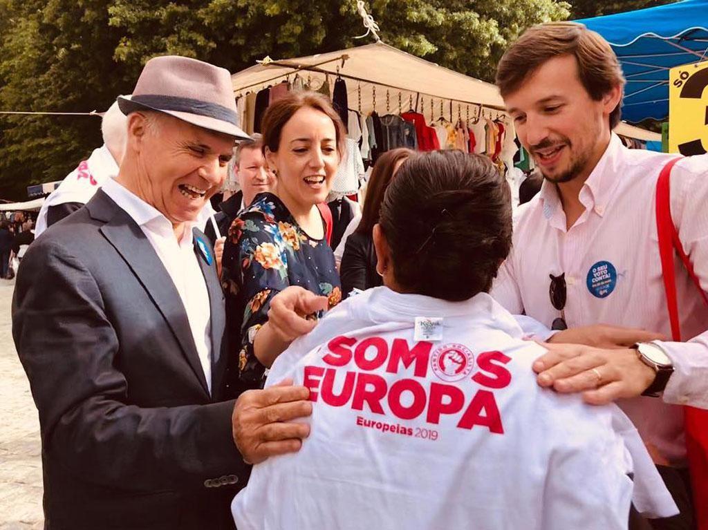 EUROPEIAS – Isabel Estrada Carvalhais encerra campanha com arruada em Braga