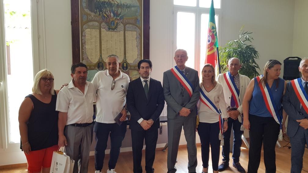TERRAS DE BOURO - Geminação com Le Beausset proporcionou visita a França