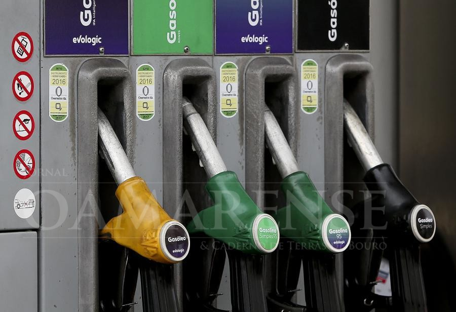 ALERTA - Gasolina baixa até aos 8 cêntimos e gasóleo com redução até cinco cêntimos