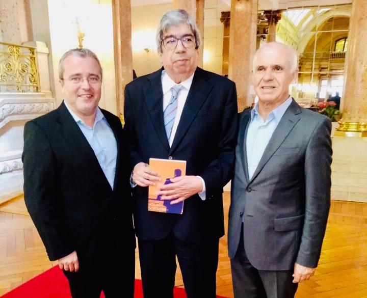 CULTURA –Jorge Tinoco apresentou João Novilho aos deputados da Assembleia da República