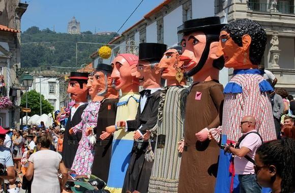 BRAGA - Encontro Internacional de Gigantones e Cabeçudos volta este sábado ao S. João de Braga