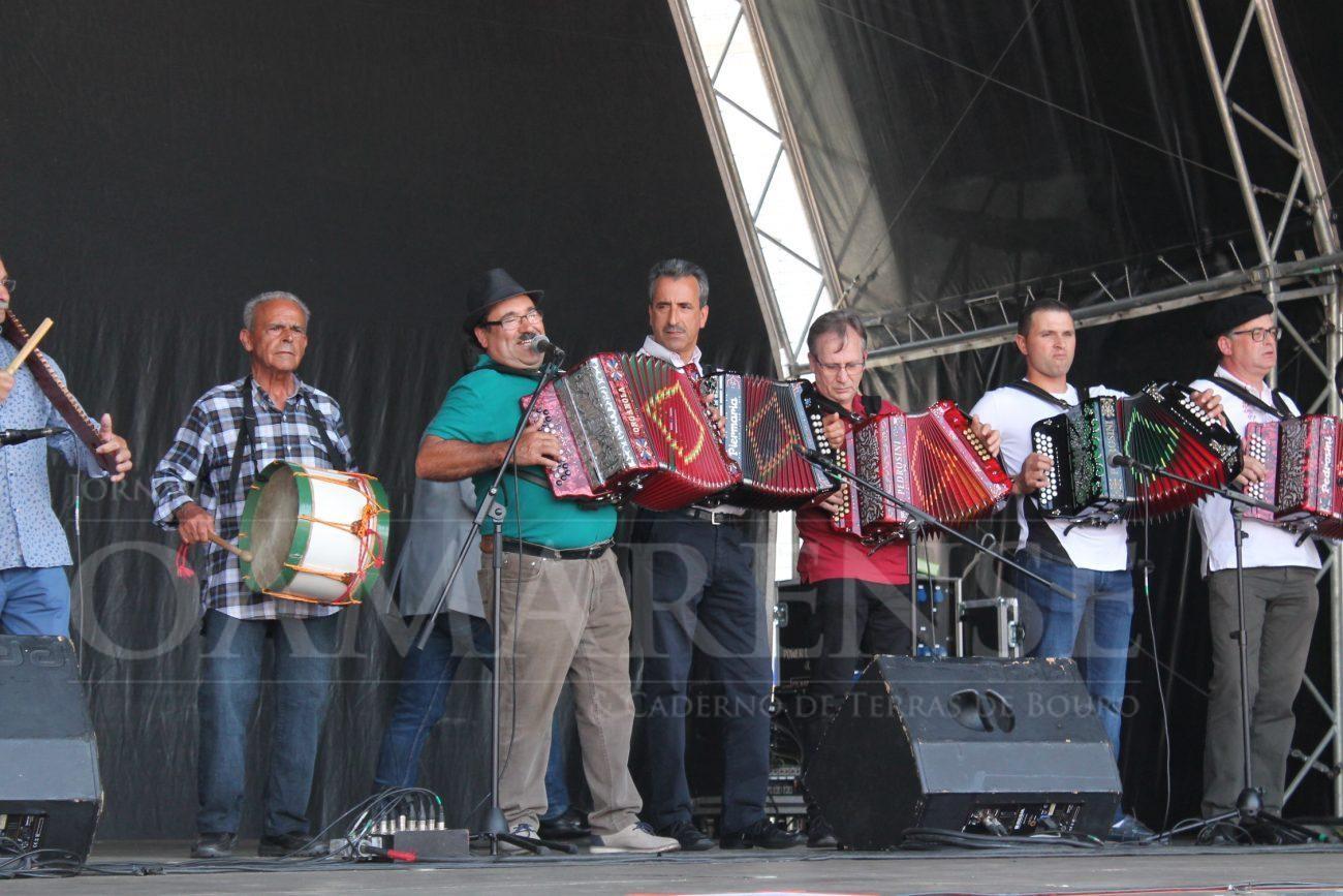 AMARES - II Encontro de Concertinas levou boa disposição à Praça do Comércio no último dia das Festas D'Amares