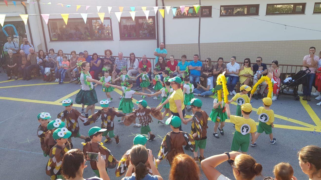 TERRAS DE BOURO – Crianças do Centro Social de Valdosende mostram Marchas Populares