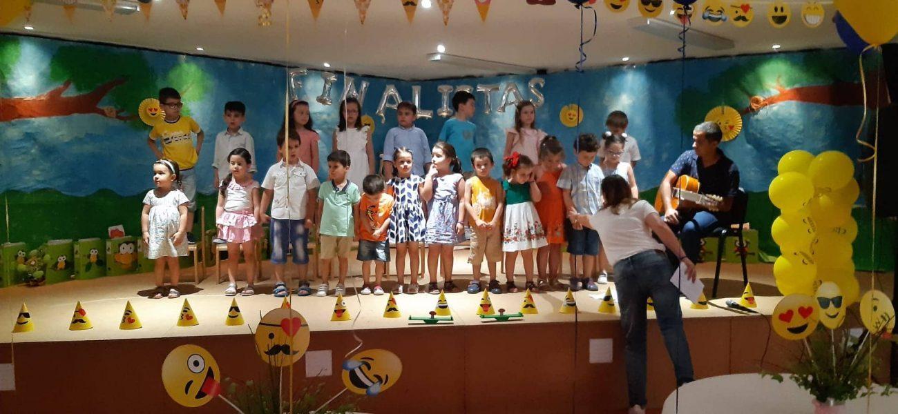 TERRAS DE BOURO - Centro de Solidariedade Social de Valdozende organizou festa de finalistas