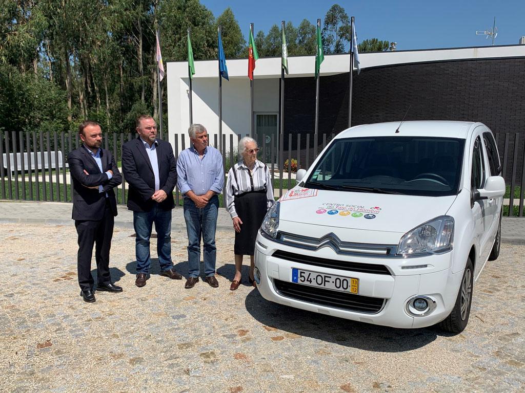 VALE DO HOMEM – Centro Social Vale do Homem recebe nova carrinha