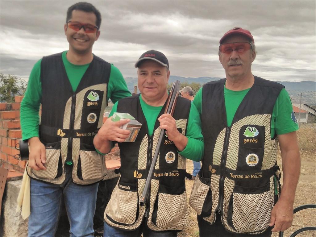 DESPORTO E LAZER - Equipa de Tiro Desportivo do Clube de CPE de Terras de Bouro participou na 8ª Prova do Circuito Interclubes de Tiro aos Pratos