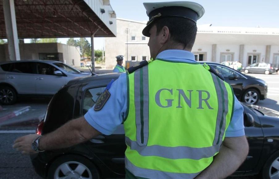 ACTIVIDADE OPERACIONAL - GNR deteve 161 pessoas em flagrante delito durante o fim-de-semana