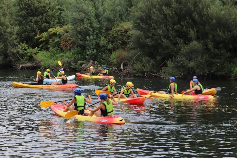 AMARES – Meia centena em passeio de kayak pelo Ambiente