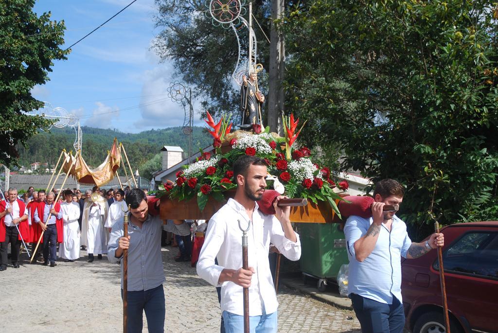 AMARES – Procissão foi ponto alto das festas de São Bento das Pedras em Fiscal
