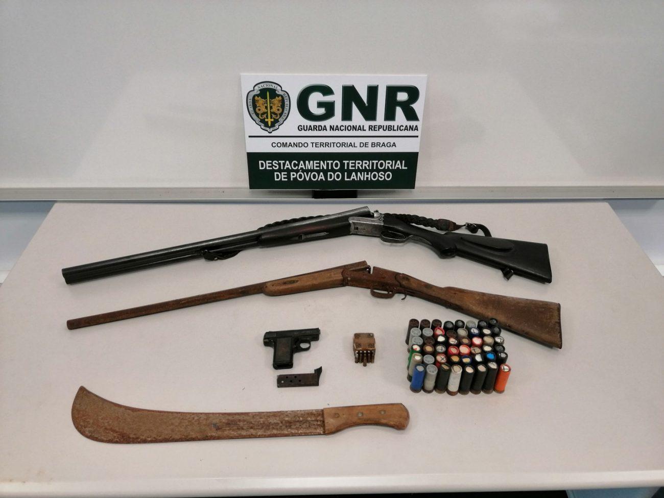 CRIME – GNR de Amares apreende armas e munições a suspeito de violência doméstica