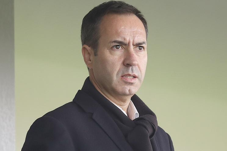 JUSTIÇA – Tribunal volta a obrigar António Salvador a pagar mais 500 mil aDomingos Correia