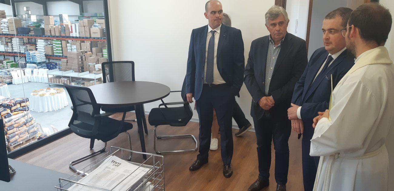 AMARES:Amarzoo inaugurou novas instalações em Fiscal e reforça oferta para animais de companhia